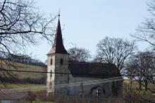 kostol v Sútore